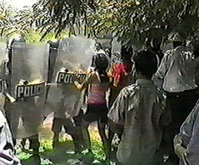 Unarmed villagers resist eviction at Tabaco, 9 August 2001