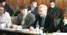 LMN tells Parliamentary Committee to tighten regulation on mining companies
